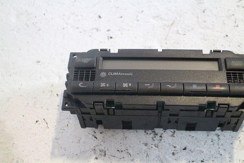 Heizungsbetätigung (Konsole) KlimatronikVW PASSAT (3B2) 1.9 TDI