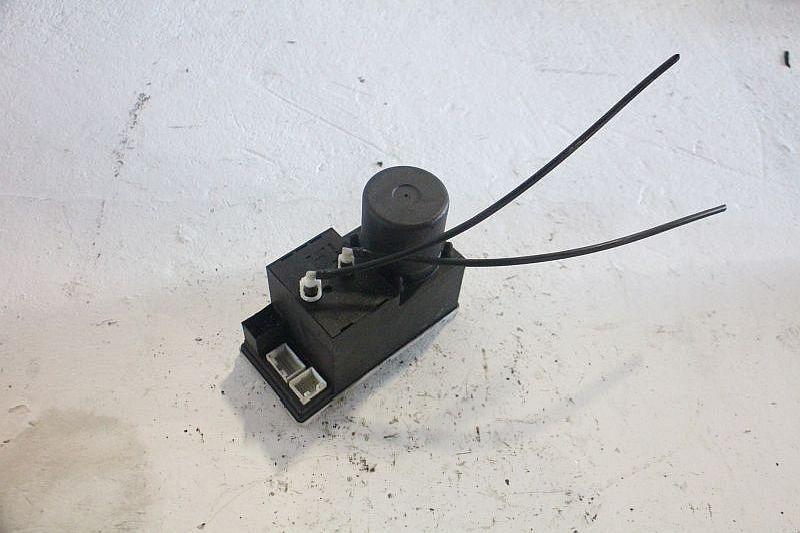 Zentralverriegelungspumpe ZV PumpeAUDI A3 (8L1) 1.6
